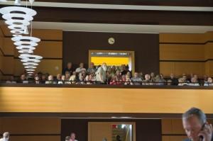 Mehr als 50 ZuschauerInnen drängten sich auf der Tribüne. Foto: Imke Zwoch