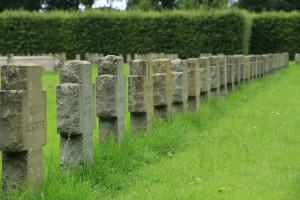 Soldatengräber auf dem Ehrenfriedhof, Wilhelmshaven. Foto: I. Zwoch