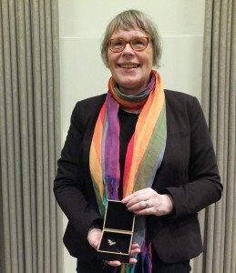 Susanne Ratzer freut sich über ihre Auszeichnung. Foto: Ulf Berner
