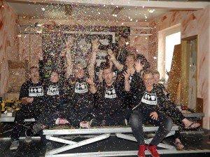 Die Suedbar-Crew bringt Konfetti ins Leben. Foto: Gegenwind