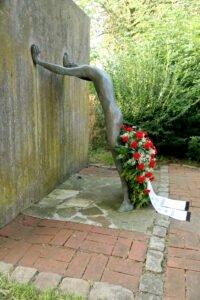 Kranzniederlegung am Krökel-Denkmal